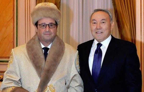 Les présidents Nazarbaïev et Hollande